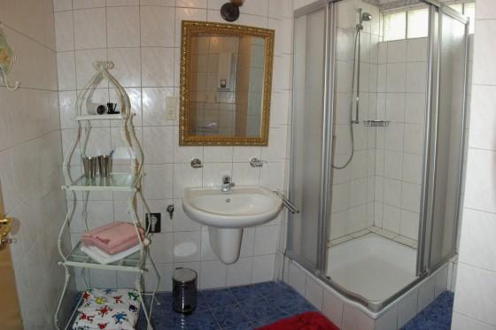 Romantik-Wohnung_Badezimmer